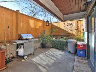 """Photo 14: 101 2045 FRANKLIN Street in Vancouver: Hastings Condo for sale in """"HARBOUR MOUNT"""" (Vancouver East)  : MLS®# V1049075"""