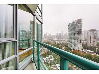 "Photo 12: 2101 1033 MARINASIDE Crescent in Vancouver: Yaletown Condo for sale in ""QUAY WEST"" (Vancouver West)  : MLS®# V1086018"