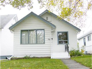 Photo 1: 456 St Jean Baptiste Street in WINNIPEG: St Boniface Residential for sale (South East Winnipeg)  : MLS®# 1427520