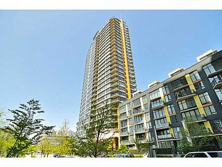 "Photo 1: 703 33 SMITHE Street in Vancouver: Yaletown Condo for sale in ""COOPER'S LOOKOUT"" (Vancouver West)  : MLS®# V1099678"