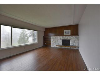 Photo 3: 3374 Joyce Pl in VICTORIA: Co Wishart South Single Family Detached for sale (Colwood)  : MLS®# 691958
