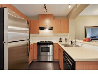 "Photo 3: 405 2998 SILVER SPRINGS Boulevard in Coquitlam: Westwood Plateau Condo for sale in ""TRILLIUM AT SILVER SPRINGS"" : MLS®# V1119394"