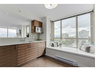 "Photo 10: 902 1405 W 12TH Avenue in Vancouver: Fairview VW Condo for sale in ""THE WARRENTON"" (Vancouver West)  : MLS®# V1120678"
