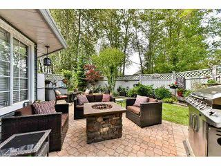 """Photo 19: 110 16335 14TH Avenue in Surrey: King George Corridor Townhouse for sale in """"Pebble Creek"""" (South Surrey White Rock)  : MLS®# F1441807"""