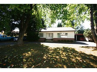 Photo 1: 6173 132ND Street in Surrey: Panorama Ridge House for sale : MLS®# F1447502