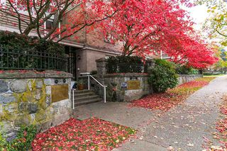 "Photo 18: 106 2588 ALDER Street in Vancouver: Fairview VW Condo for sale in ""BOLLERT PLACE"" (Vancouver West)  : MLS®# R2014065"