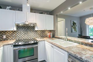 "Photo 9: 106 2588 ALDER Street in Vancouver: Fairview VW Condo for sale in ""BOLLERT PLACE"" (Vancouver West)  : MLS®# R2014065"