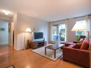 "Photo 4: 108 1508 MARINER Walk in Vancouver: False Creek Condo for sale in ""Mariner Walk"" (Vancouver West)  : MLS®# R2033804"