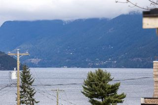 Photo 12: 6844 COPPER COVE Road in West Vancouver: Whytecliff House for sale : MLS®# R2045747