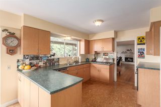 Photo 3: 6844 COPPER COVE Road in West Vancouver: Whytecliff House for sale : MLS®# R2045747