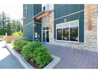 Photo 2: 307 611 Brookside Road in VICTORIA: Co Latoria Condo Apartment for sale (Colwood)  : MLS®# 366099