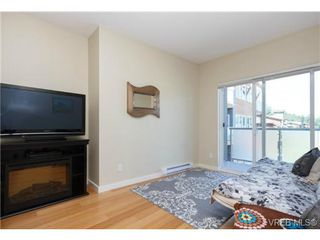 Photo 3: 307 611 Brookside Road in VICTORIA: Co Latoria Condo Apartment for sale (Colwood)  : MLS®# 366099