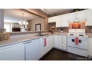 Photo 6: 201 606 Goldstream Ave in VICTORIA: La Fairway Condo Apartment for sale (Langford)  : MLS®# 737754