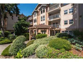 Photo 2: 201 606 Goldstream Ave in VICTORIA: La Fairway Condo Apartment for sale (Langford)  : MLS®# 737754