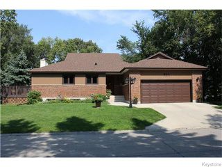 Photo 1: 825 Kilkenny Drive in Winnipeg: Fort Richmond Residential for sale (1K)  : MLS®# 1623586