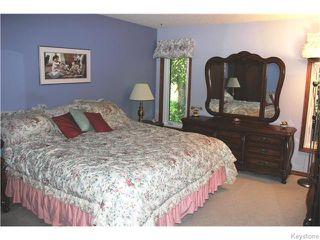 Photo 5: 825 Kilkenny Drive in Winnipeg: Fort Richmond Residential for sale (1K)  : MLS®# 1623586