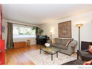 Photo 3: 1609 Chandler Avenue in VICTORIA: Vi Fairfield East Strata Duplex Unit for sale (Victoria)  : MLS®# 370948