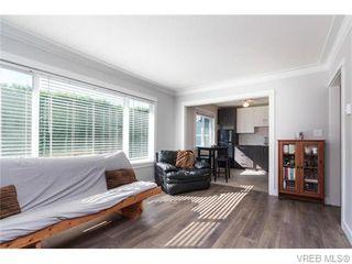 Photo 3: 105 636 Granderson Rd in VICTORIA: La Fairway Condo for sale (Langford)  : MLS®# 745006