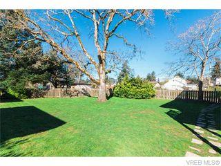 Photo 16: 105 636 Granderson Rd in VICTORIA: La Fairway Condo for sale (Langford)  : MLS®# 745006