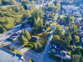"""Photo 6: 14235 103A Street in Surrey: Whalley House for sale in """"Whalley"""" (North Surrey)  : MLS®# R2119284"""