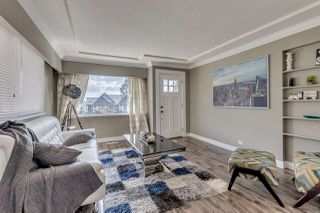 Photo 3: 1531 HAMMOND Avenue in Coquitlam: Central Coquitlam House for sale : MLS®# R2130273