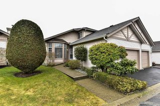 "Photo 2: 95 9012 WALNUT GROVE Drive in Langley: Walnut Grove Townhouse for sale in ""QUEEN ANNE GREEN"" : MLS®# R2140275"