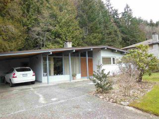 Photo 1: 5758 CRANLEY Drive in West Vancouver: Eagle Harbour House for sale : MLS®# R2141915