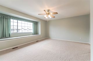 """Photo 15: 111 6109 W BOUNDARY Drive in Surrey: Panorama Ridge Townhouse for sale in """"Lakewood Gardens"""" : MLS®# R2153090"""