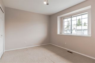 "Photo 19: 111 6109 W BOUNDARY Drive in Surrey: Panorama Ridge Townhouse for sale in ""Lakewood Gardens"" : MLS®# R2153090"