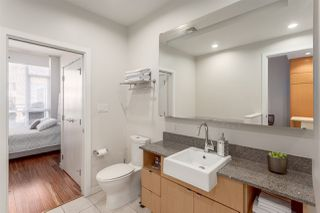 """Photo 11: 303 1205 HOWE Street in Vancouver: Downtown VW Condo for sale in """"Alto"""" (Vancouver West)  : MLS®# R2159218"""