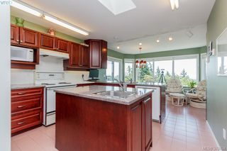Photo 9: 3496 Maureen Terrace in VICTORIA: La Olympic View Single Family Detached for sale (Langford)  : MLS®# 378704