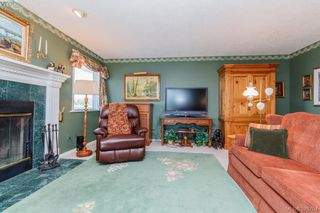 Photo 3: 3496 Maureen Terrace in VICTORIA: La Olympic View Single Family Detached for sale (Langford)  : MLS®# 378704