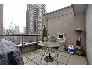 Photo 6: 308 1010 RICHARDS Street in The Gallery: Condo for sale : MLS®# V986408