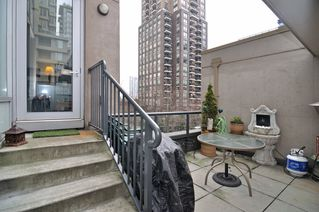 Photo 22: 308 1010 RICHARDS Street in The Gallery: Condo for sale : MLS®# V986408