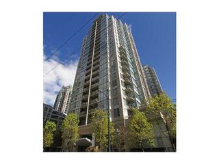 Photo 1: 308 1010 RICHARDS Street in The Gallery: Condo for sale : MLS®# V986408