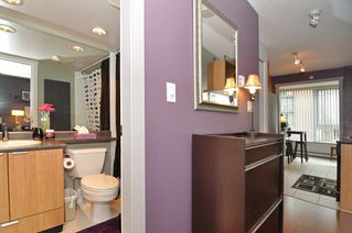 Photo 11: 308 1010 RICHARDS Street in The Gallery: Condo for sale : MLS®# V986408