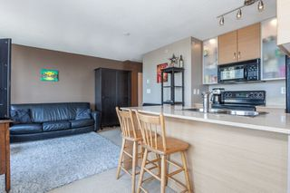 "Photo 7: 1509 928 HOMER Street in Vancouver: Yaletown Condo for sale in ""YALETOWN PARK 1"" (Vancouver West)  : MLS®# R2184142"