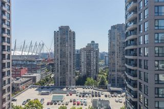 "Photo 13: 1509 928 HOMER Street in Vancouver: Yaletown Condo for sale in ""YALETOWN PARK 1"" (Vancouver West)  : MLS®# R2184142"