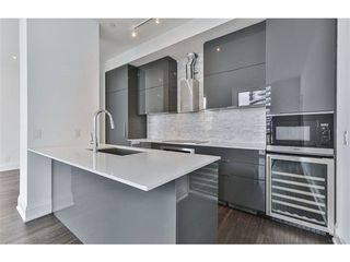 Photo 1: 110 Marine Parade Drive in Toronto: Mimico Condo for lease (Toronto W06)  : MLS®# W3896829
