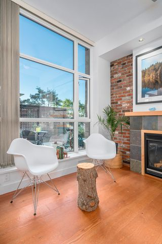 """Photo 12: 218 2515 ONTARIO Street in Vancouver: Mount Pleasant VW Condo for sale in """"ELEMENTS"""" (Vancouver West)  : MLS®# R2200404"""
