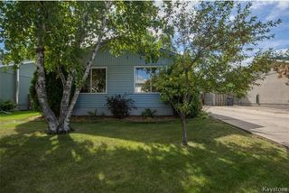 Photo 1: 46 Meadowbrook Road in Winnipeg: Southdale Residential for sale (2H)  : MLS®# 1723633