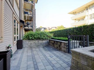 "Photo 12: 104 701 KLAHANIE Drive in Port Moody: Port Moody Centre Condo for sale in ""Nahanni"" : MLS®# R2209103"