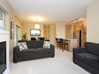 "Photo 6: 104 701 KLAHANIE Drive in Port Moody: Port Moody Centre Condo for sale in ""Nahanni"" : MLS®# R2209103"