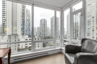"""Photo 5: 806 535 SMITHE Street in Vancouver: Downtown VW Condo for sale in """"DOLCE"""" (Vancouver West)  : MLS®# R2213728"""
