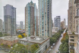 """Photo 10: 806 535 SMITHE Street in Vancouver: Downtown VW Condo for sale in """"DOLCE"""" (Vancouver West)  : MLS®# R2213728"""