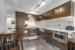 """Photo 2: 806 535 SMITHE Street in Vancouver: Downtown VW Condo for sale in """"DOLCE"""" (Vancouver West)  : MLS®# R2213728"""