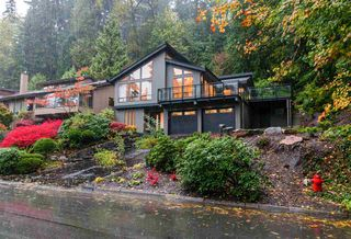 Main Photo: 1050 RIVERSIDE Drive in North Vancouver: Seymour NV House for sale : MLS®# R2216385