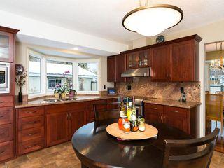 Photo 16: 2404 PALLISER Drive SW in Calgary: Palliser House for sale : MLS®# C4162437