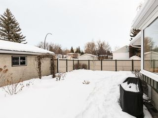 Photo 38: 2404 PALLISER Drive SW in Calgary: Palliser House for sale : MLS®# C4162437