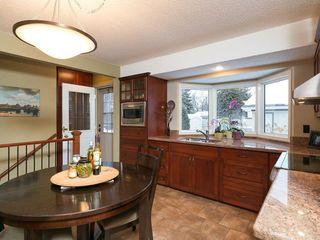 Photo 19: 2404 PALLISER Drive SW in Calgary: Palliser House for sale : MLS®# C4162437